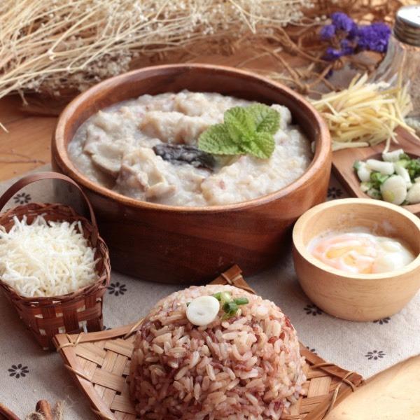 """Čínská léčebná rýžová kaše (čínsky """"ZHOU"""", anglicky """"Congee"""")"""